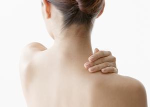 交通事故のムチ打ち損傷や寝違え損傷等の首・肩・腕の痛みについて